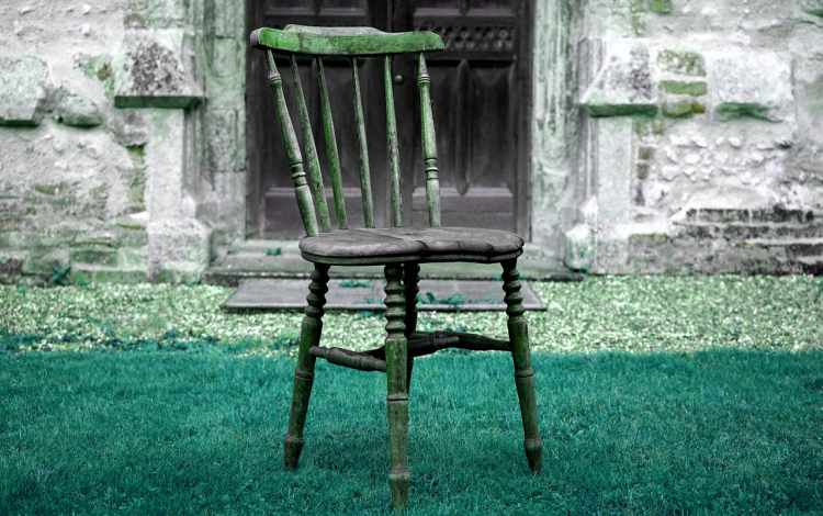 5 Ways To Repurpose Old Or Broken Chairs