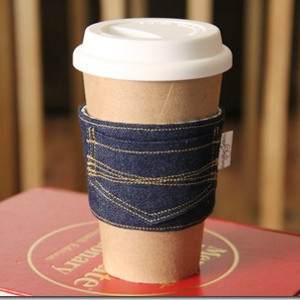 Image Courtesy: https://www.allfreesewing.com/Dining-and-Kitchen/James-Dean-Blue-Jean-Coffee-Cozy