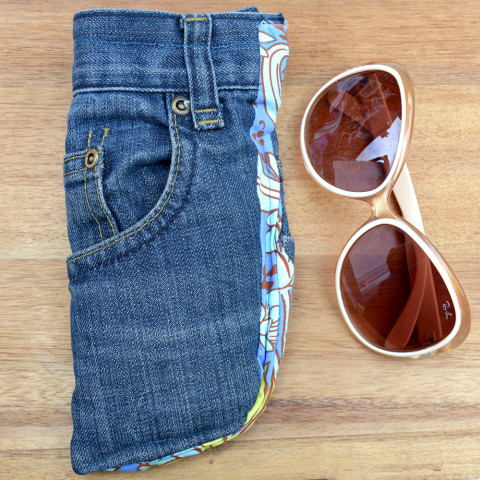 Image Courtesy: http://www.pillarboxblue.com/upcycled-jeans-sunglasses-case/