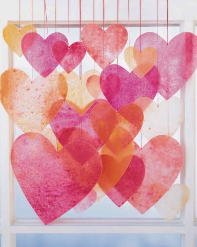Image Courtesy: http://www.marthastewart.com/272535/crayon-hearts