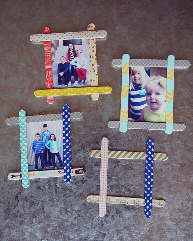 Image Courtesy: http://eighteen25.com/2013/07/popsicle-stick-frames/